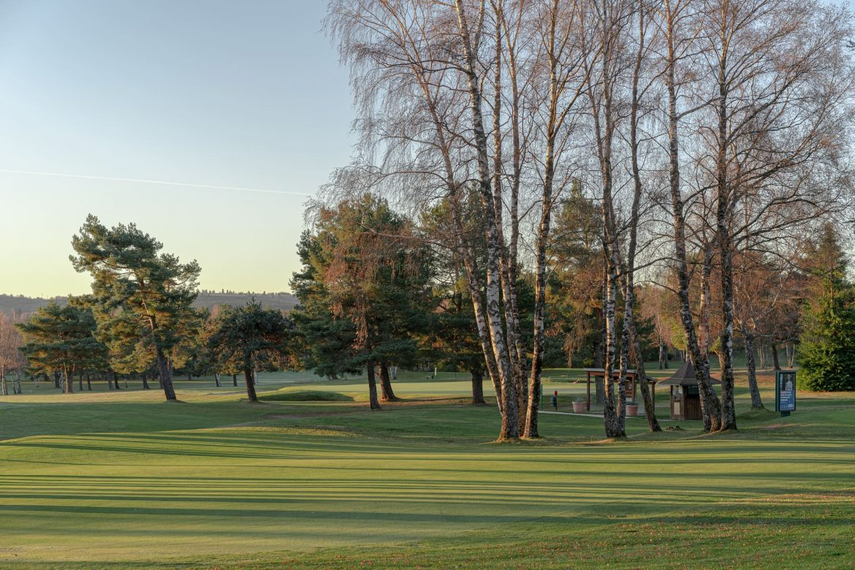 golf-des-volcans-trou-numero1